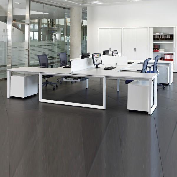 Team Schreibtisch Ital Plus mit Containern